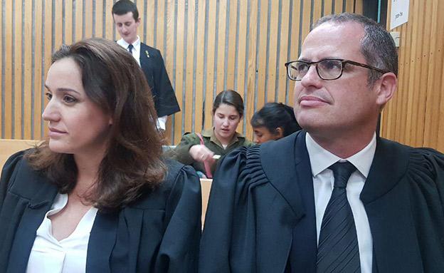 עורכי הדין ישגב נקדימון ודקלה בירן (צילום: החדשות)