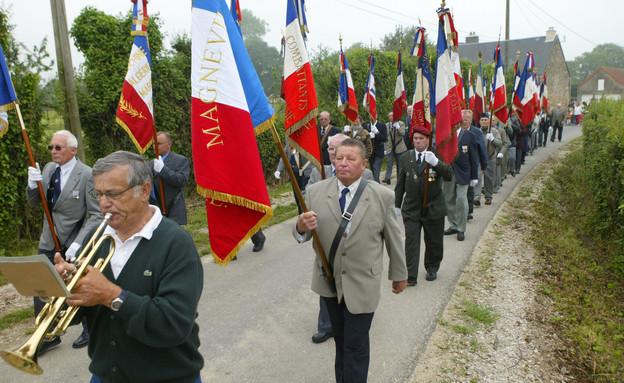 מצעד לזכר השחרור מהנאצים בנורמנדי (צילום: Sean Gallup, gettyimages)