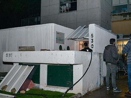 פתיחת מקלטים בתל אביב (צילום: Adam Shuldman/Flash90, חדשות)