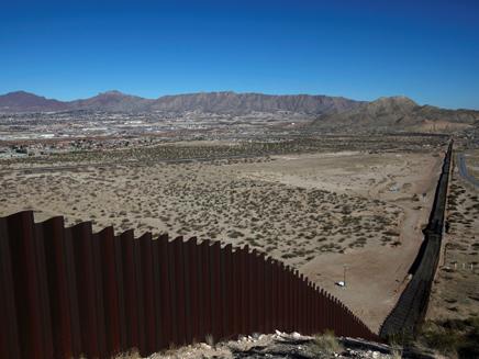 """חומה בגבול ארה""""ב-מקסיקו, ארכיון (צילום: רויטרס, חדשות)"""