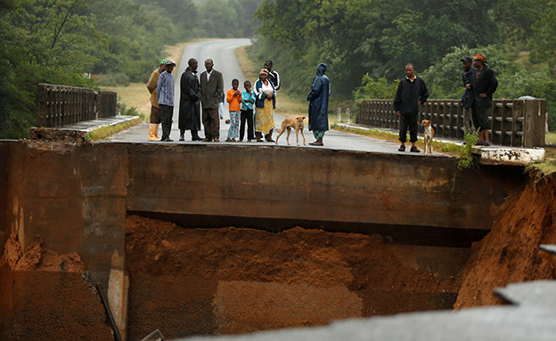 אחד מאסונות מזג האוויר החמורים (צילום: רויטרס, חדשות)
