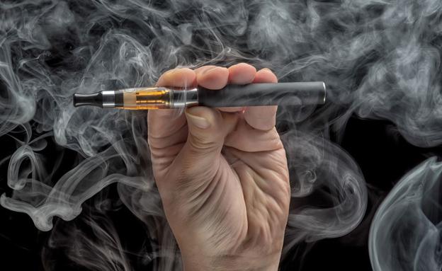 סיגריה אלקטרונית (אילוסטרציה) (צילום: Phirakon Jaisangat, 123RF)