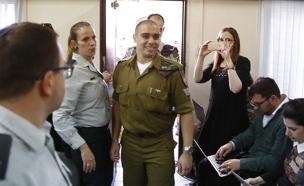 """אלאור אזריה בבית הדין הצבאי (צילום: תומר אפלבאום """"הארץ"""", חדשות)"""