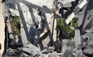 זירת הפגיעה במושב משמרת בבשרון (צילום: דוברות המשטרה, חדשות)