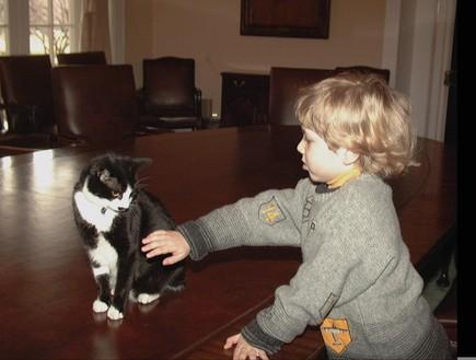 יאיר נתניהו כילד 1997 (צילום: משה מילנר לעמ)