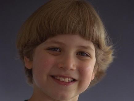 יאיר נתניהו כילד 1999 (צילום: סער יעקב לעמ)