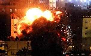 הפצצת לשכת הנייה (צילום: התקשורת הפלסטינית, חדשות)
