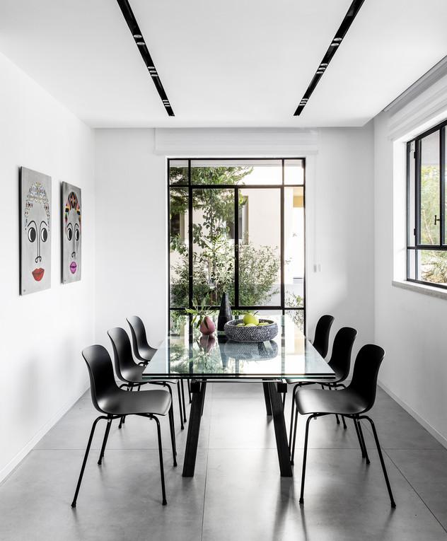 בית בהוד השרון, ג, עיצוב מאיה שינברגר