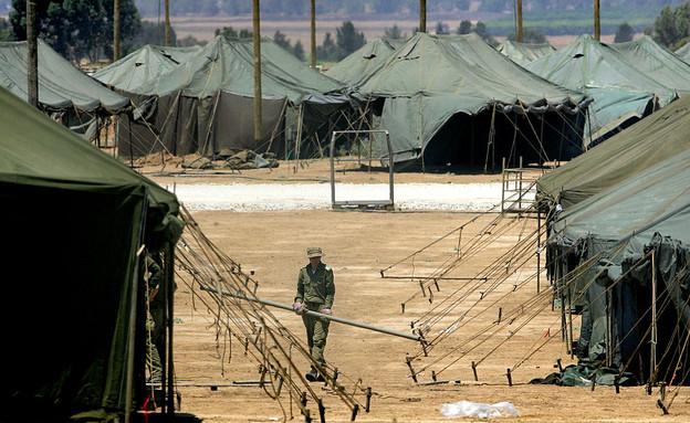 אוהל צבאי (צילום: GettyImages-David Silverman)