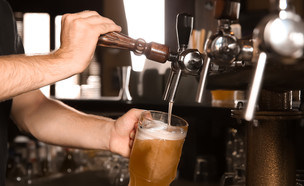 בירה (צילום: shutterstock | New Africa)