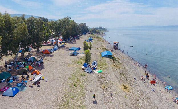 אוהלים בכנרת (צילום: רשות הכינרת, חדשות)