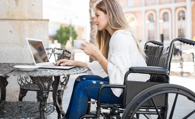 כסא גלגלים (צילום: Shutterstock)