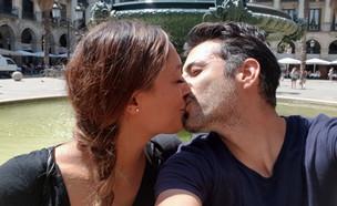 """נהנים ביחד: דיקלה ואלון מתאהבים בברצלונה (צילום: מתוך """"חתונה ממבט ראשון 2"""", שידורי קשת)"""