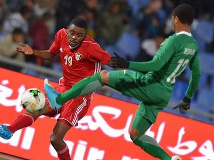 אוטין (מימין) במדי ניגריה הצעירה (getty, STR) (צילום: ספורט 5)