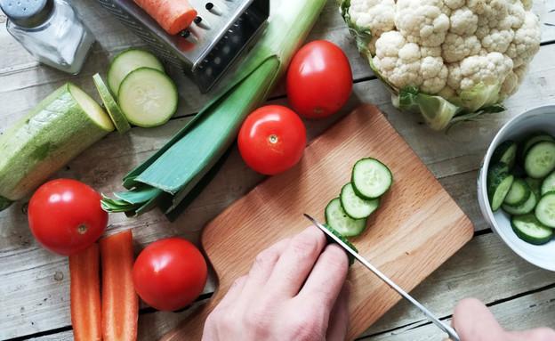 חותך ירקות  (צילום:  Zhanna Fashayan, shutterstock)