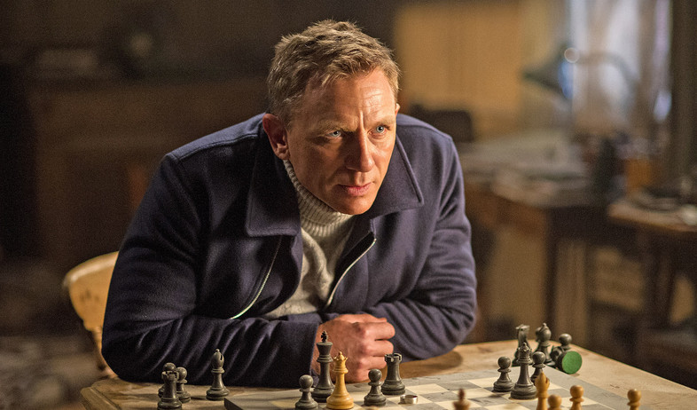 בונד ספקטר דניאל קרייג שחמט (צילום: באדיבות יח
