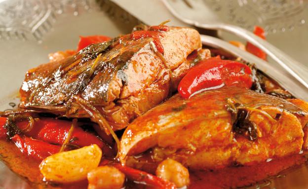 דג חריף של גיא פרץ (צילום: דניה ויינר, אוצר מאכלי העדות, על השולחן)