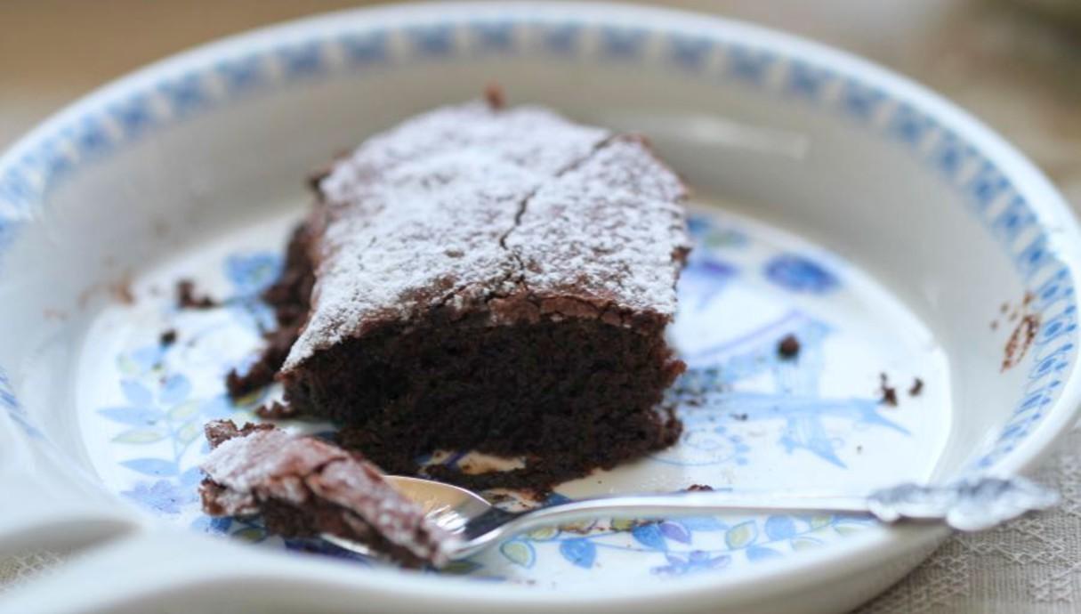 עוגת פודינג שוקולד (צילום: עידית נרקיס כ