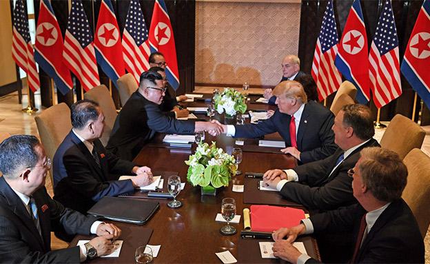 פגישת טראמפ קים בסינגפור פומפיאו, בולטון, קלי (צילום: SKY NEWS, חדשות)