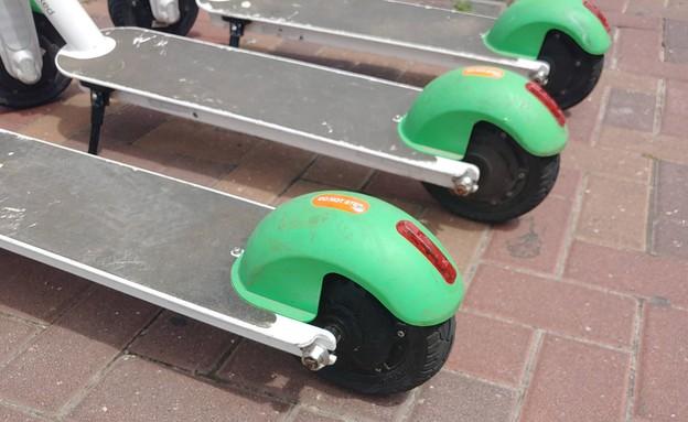 קורקינים חשמליים של Lime (צילום: NEXTER)
