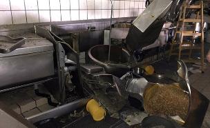 סיר לחץ התפוצץ במלון והתקרה קרסה (צילום: דוברות כבאות והצלה אילת, חדשות)