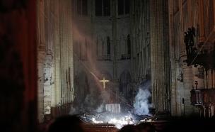 המזבח בקתדרלת נוטרדם, פריז (צילום: רויטרס, חדשות)