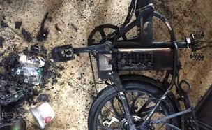 אופניים חשמליים, סוללה, פיצוץ (צילום: כבאות והצלה מחוז ירושלים)