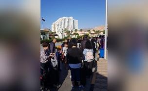 """ישראלים בתור לסיני: """"האנשים טובים"""" (צילום: מונא עבד אל חי, חדשות)"""