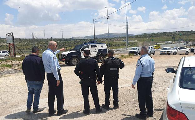 זירת הפיגוע הבוקר (צילום: דוברות המשטרה, חדשות)
