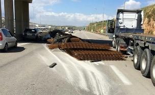 על הברזלים, כביש 5 (צילום: דוברות המשטרה, חדשות)