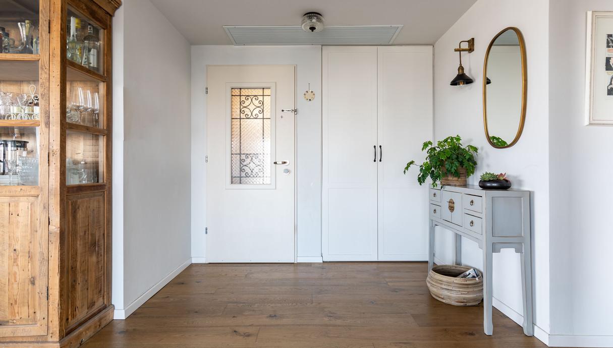 דירה במרכז, עיצוב אסתי נחמיאס, מבואה - 1