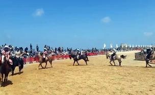 רוכבים בקיסריה (צילום: יוסי אוזן רשות הטבע והגנים, חדשות)