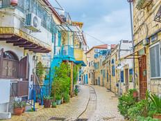 מי-ם ועד צפת: כמה יעלה לכם לגור בעיר העתיקה