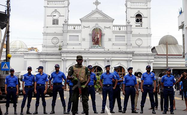 נשיא סרי לנקה מאשים את המשטרה והממשלה (צילום: AP)
