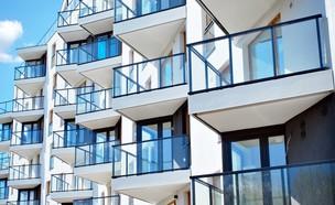 בניין קומות (צילום: By Dafna A.meron, shutterstock)
