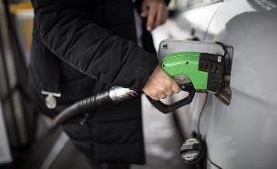 עלייה במחירי הדלק, אילוסטרציה (צילום: פלאש90, הדס פרוש, חדשות)