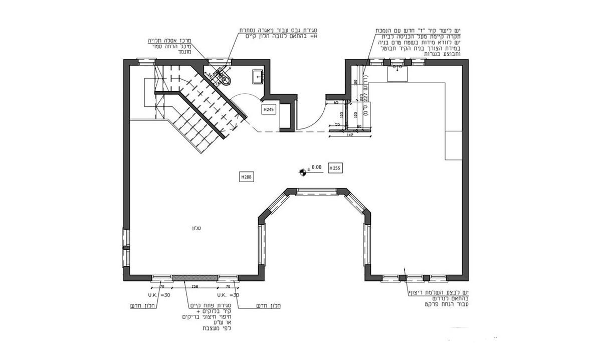 בית בשרון, עיצוב תמי שלוש, קומת קרקע