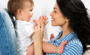אישה ותינוק (צילום: shutterstock)