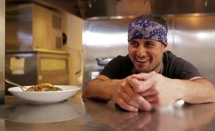 גאווה ישראלית: השף אורי מנשה (צילום: החדשות)