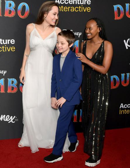 אנג'לינה גו'לי עם ילדה נוקס וזהארה (צילום: GettyImages -  Emma McIntyre)