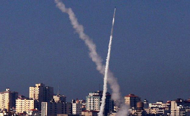 שיגור לשטח ישראל, אתמול (צילום: Sky News, חדשות)