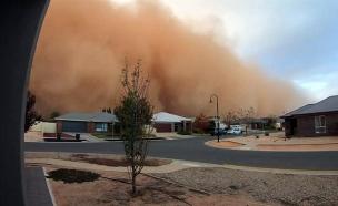 הסופה שחיסתכה עיירה (צילום: רויטרס/ Courtesy Andrew Thomas, חדשות)