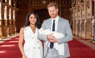 הנסיך הארי ומייגן מרקל משיקים את התינוק (צילום:  WPA Pool / Pool, Getty images)