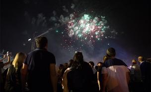 זיקוקים ליום העצמאות, בשנה שעברה (צילום: יונתן זינדל, פלאש 90, חדשות)