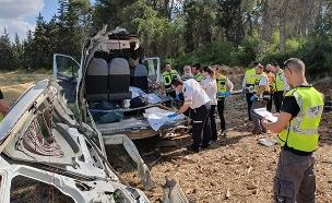 """זירת התאונה, אתמול (צילום: דוברות מד""""א, חדשות)"""