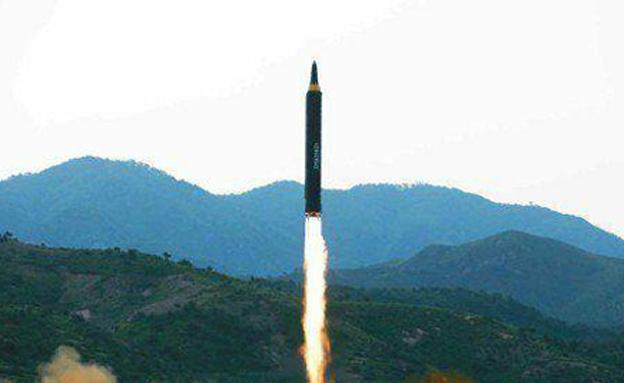 שיגור טיל בליסטי של צפון קוריאה, ארכיון (צילום: רויטרס, חדשות)