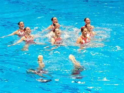 הישג נאה לנבחרת ישראל (איגוד השחיה) (צילום: ספורט 5)