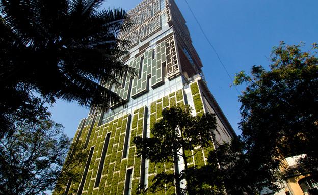 מגדל Antilia בו מתגוררים משפחת אמבאני (צילום:  none, Shutterstock)