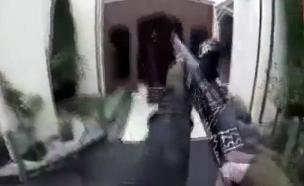המחבל תיעד בלייב את הרצח שביצע (צילום: חדשות)