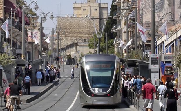 הרכבת הקלה בירושלים (צילום: Leonid Pilnik, 123RF)